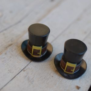 Pilgrim Hat Bento/Cupcake Topper from lunchboxloot.com